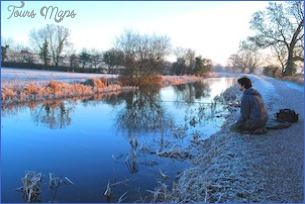a canals opener002 Winter Canal Fishing