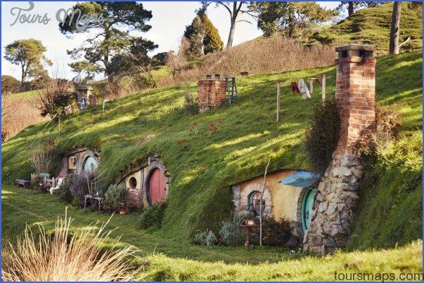 hobbiton movie set outputformatquality75source2280496transformationsystemletterboxwidth1200securitytoken3f5d8a52dea1d9ce5e39f258a0e708d5 1 Lord Of The Rings New Zealand Map