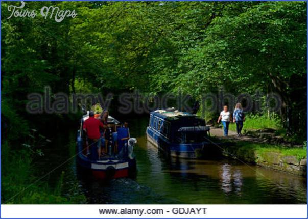 narrowboats on the peak forest canal whaley bridge derbyshire england gdjayt Peak Forest Canal Fishing