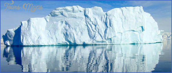 antarctica travel guides 11 Antarctica Travel Guides