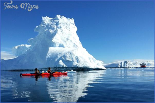 antarctica travel guides 8 Antarctica Travel Guides