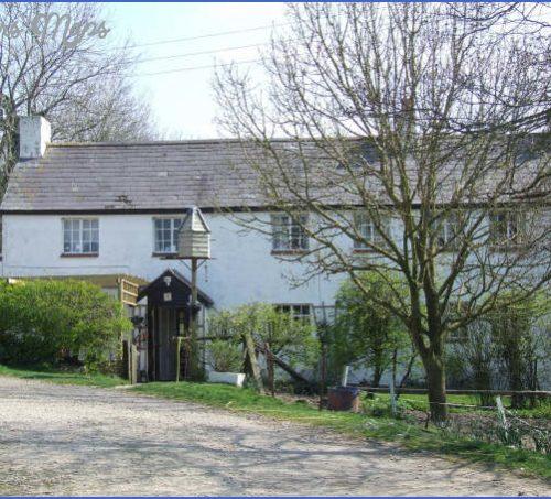 Marlborough, Wiltshire Guide for Tourist _15.jpg