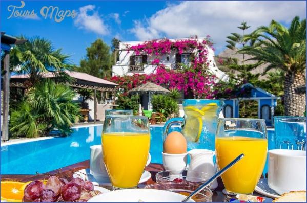 holiday in santorini 3 Holiday in Santorini