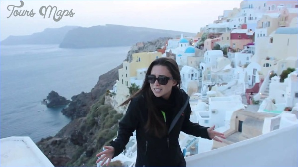 Traveling in Santorini_11.jpg