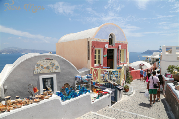 Traveling in Santorini_9.jpg