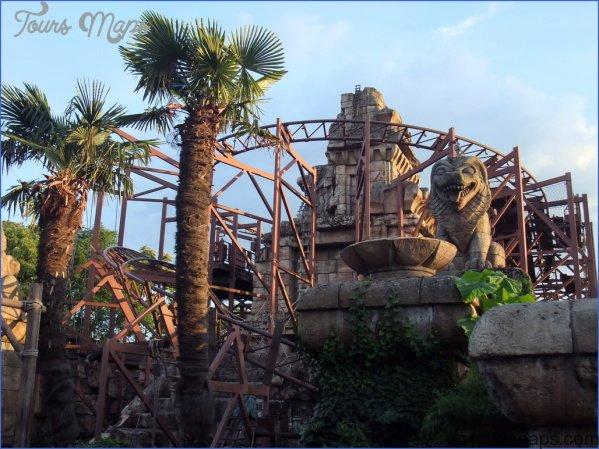 Disneyland Park Adventureland_0.jpg