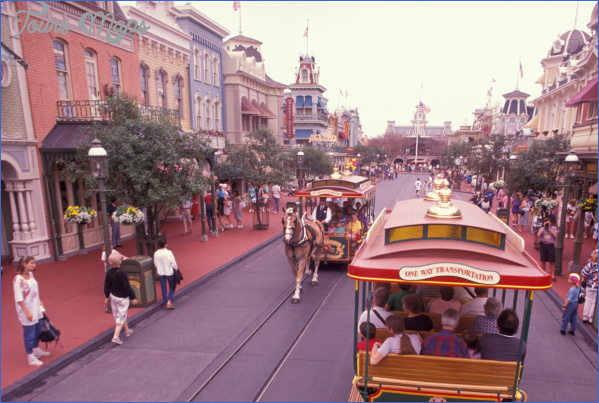 Main Street, U.S.A. Fun Facts!_13.jpg