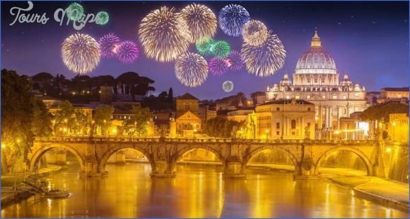 christmas rome 2 Best Travel Destinations Between Christmas And New Year