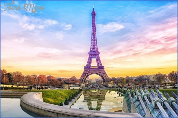 06 paris the best travel destinations for fall new survey finds 556743958 marinada 760x506 Best Travel Destinations