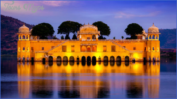 23 travel jal mahal 10 Best Travel Destinations In India