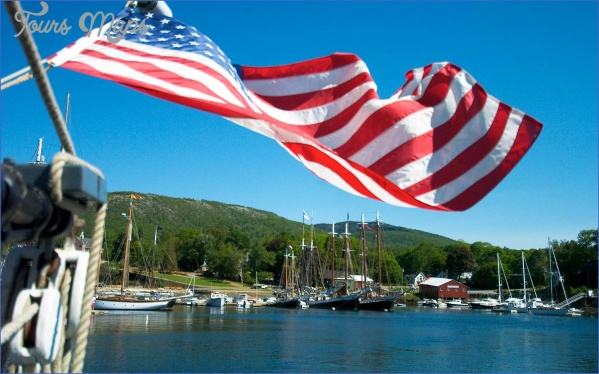 camden maine july fourth usa0517 itokhx1s5qzr Best 4Th Of July Travel Destinations