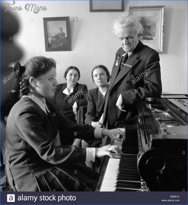 composer alexander goldenweiser right conducting piano classes in b9r61x GOLDENWEISER MUSEUM