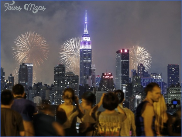 fireworks nyc gettyimages 479499226 Best 4Th Of July Travel Destinations