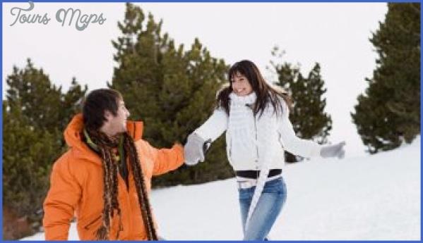 honeymoon package srinagar ladakh fit12002c720ssl1resize3502c200 Best Travel Destinations For Young Couples