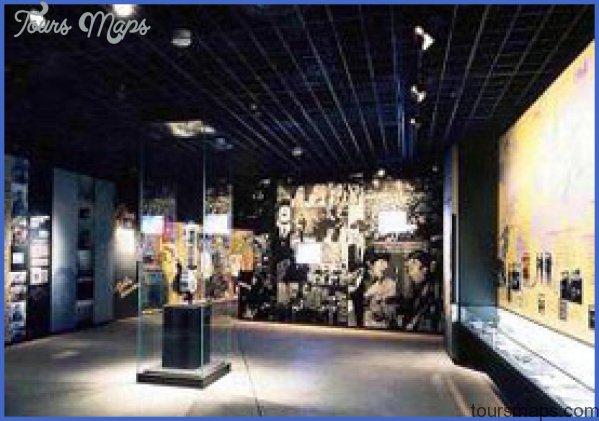 LENNON MUSEUM_0.jpg