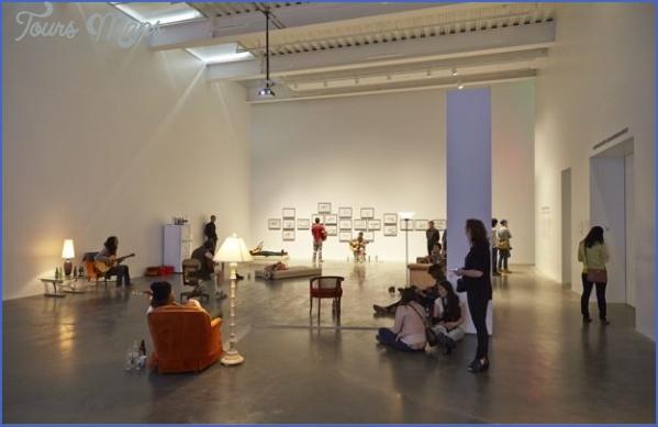 New-Museum_Ragnar-Kjartansson_NYC_Benoit-Pailley_0972-9999x700.jpg