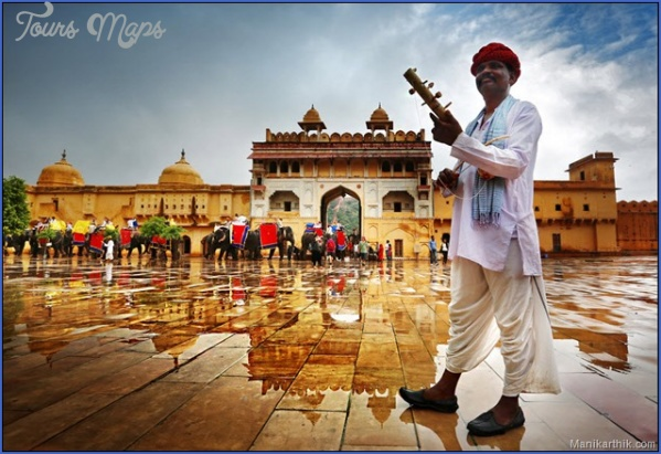 top travel destinations north india jaipur 10 Best Travel Destinations In India