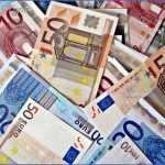 budget euros e1420326499444 150x150 How to Cut the Cost of travelling