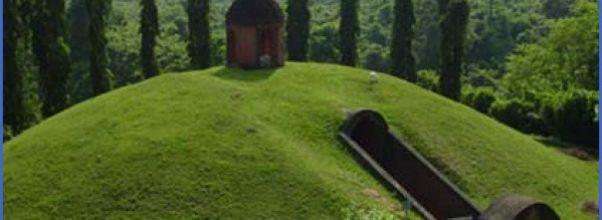 burial-vault-ahom-royalty.jpg