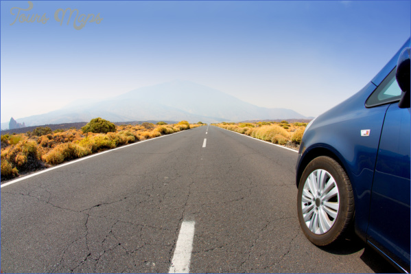 canstockphoto10852476 How to Prepare Your Vehicle for a Long Trip?