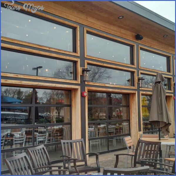 commercial building choosing the right window cleaning company 0 Commercial Building: Choosing the Right Window Cleaning Company?