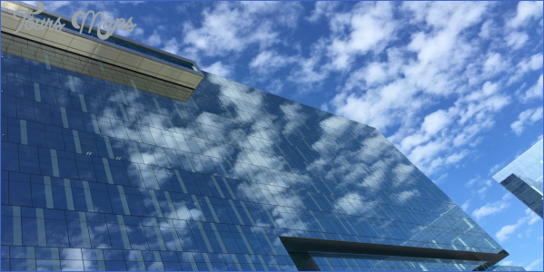commercial building choosing the right window cleaning company 12 Commercial Building: Choosing the Right Window Cleaning Company?