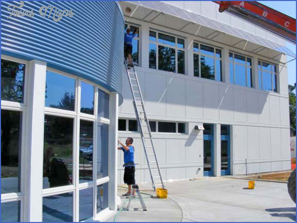 commercial building choosing the right window cleaning company 14 Commercial Building: Choosing the Right Window Cleaning Company?