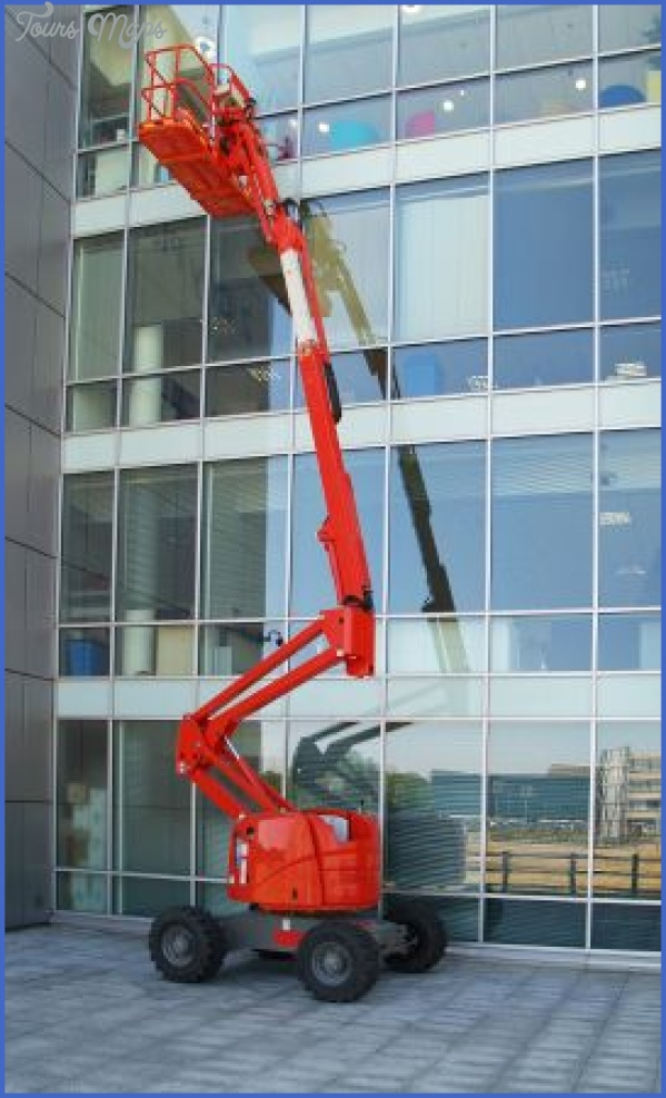 commercial building choosing the right window cleaning company 3 Commercial Building: Choosing the Right Window Cleaning Company?