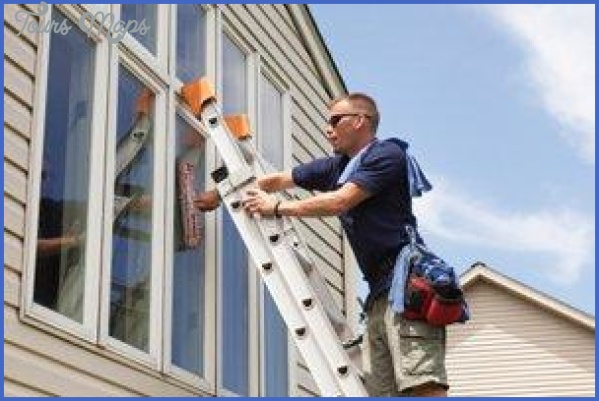 commercial building choosing the right window cleaning company 8 Commercial Building: Choosing the Right Window Cleaning Company?