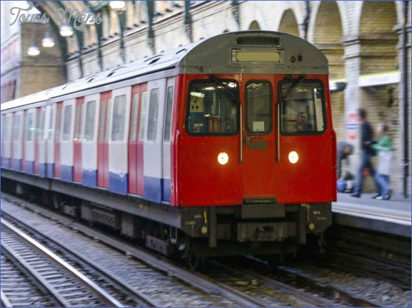 cut the cost of travelling by train How to Cut the Cost of travelling