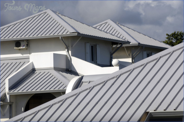 factors to consider for hiring roofing contractors 4 Factors To Consider For Hiring Roofing Contractors