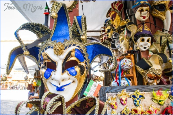 firenzemask 1024x683 Two Days in Florence