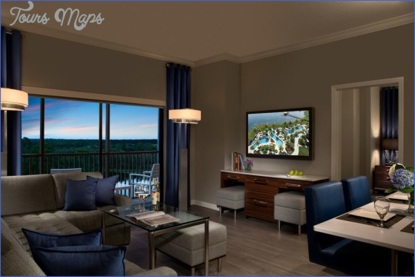 hotel rooms vs residential suites 1050x700 Tips on Choosing the Right Hotel