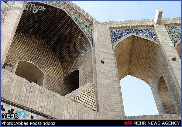 Khaju-Bridge-Isfahan-16.jpg
