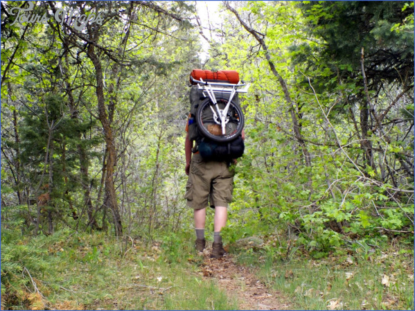 packwheel hiking backpack2 l What To Pack For Your Fall Hiking Adventure