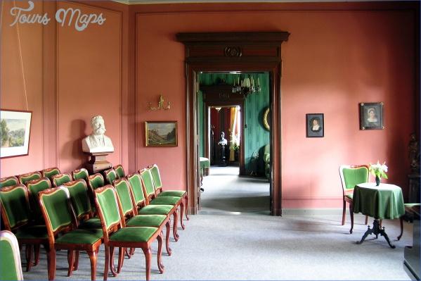 Reuter-Wagner-Museum%2C_Musikzimmer.JPG