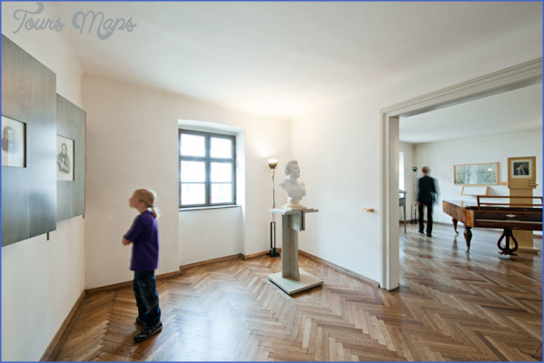 schubert geburtshaus dauerausstellung 01 SCHUBERT MUSEUM