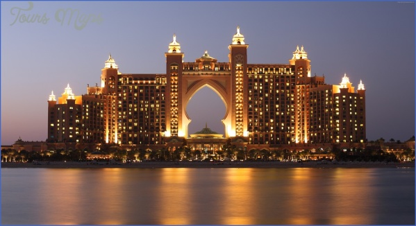the palm 962785 960 720 Tips on Choosing the Right Hotel