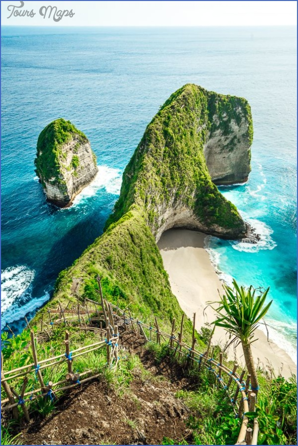 nusa penida island drone angels billabong broken beach kelingking beach crystal bay sunset 3 Nusa Penida Island drone  Angels Billabong Broken Beach Kelingking Beach Crystal Bay Sunset