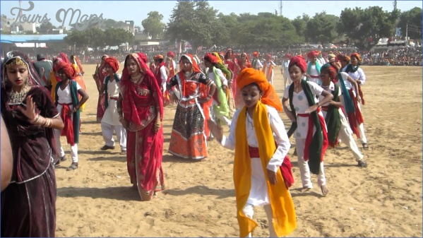 pushkar camel fair 2018 and pushkar lake aarti ceremony on ghats steps india  13 Pushkar Camel Fair 2018 and Pushkar Lake Aarti Ceremony on Ghats steps India