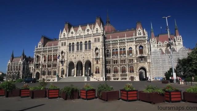 bathing in budapest hungary 23 BUDAPEST Hungary