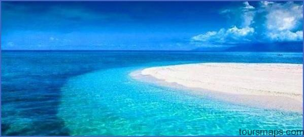 clear blue water The MOST BEAUTIFUL ISLAND in the Philippines   Cresta De Gallo