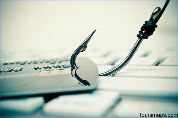 credit card phishing fraud istock 489433130 Avoiding Scams Why Im in Canada More TRAVEL QA
