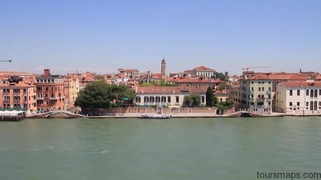 cruising the canals venice italy 13 CRUISING THE CANALS Venice Italy