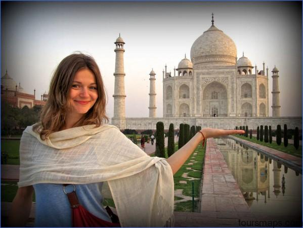 female travel india FEMALE TRAVEL TIPS