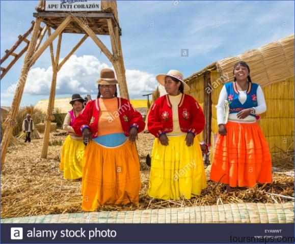floating islands lake titicaca puno peru local women in colourful eyawwt PUNO PERU   Man Made Islands
