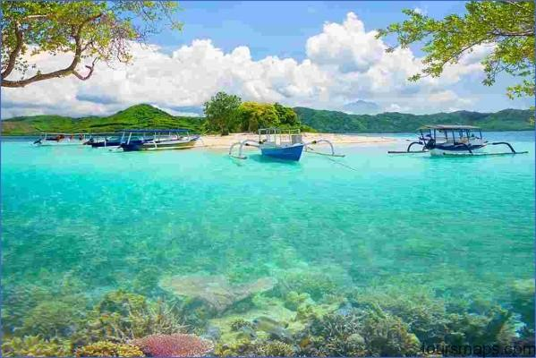 indonesia lombok island gili bedis coral reef boats BALI TO LOMBOK   THE TROPICAL ROADTRIP