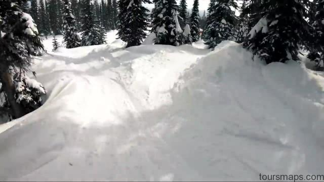 okanagan powder ski day in bc canada 18 OKANAGAN POWDER SKI DAY in BC CANADA