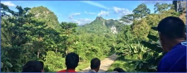 riding on top of a jeepney from puerto princessa to sabang 640x250 x54649 BEST And WORST Travel Moments of 2018