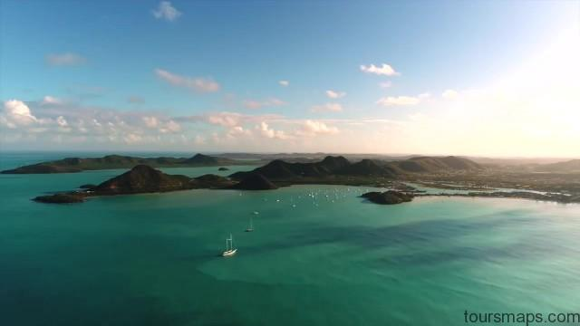 sailing a catamaran in the caribbean with slv 02